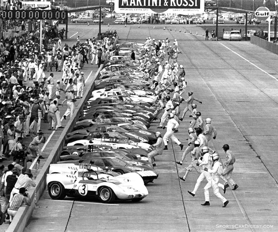 The Le Mans style start at Sebring 1965 (photo: Sebring International Raceway)